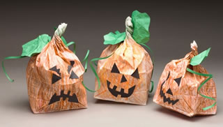 paper pumpkin craft - Halloween Crafts For The Classroom