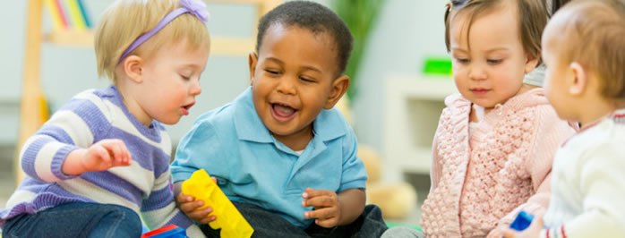 Teaching toddlers in an ESL kids classroom